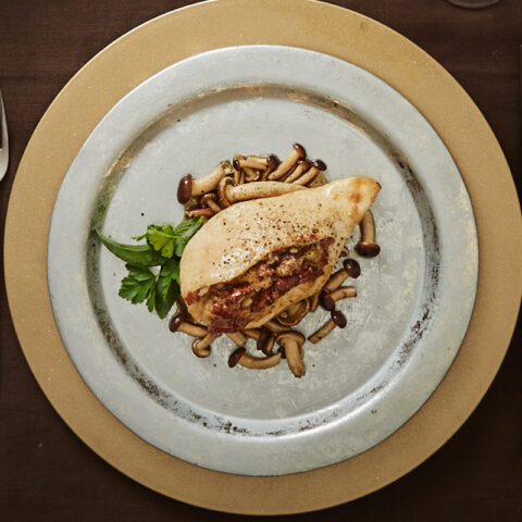Breast of guinea fowl stuffed with cappelletto, lard and pioppini mushrooms
