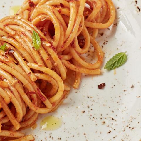 Spaghetti, aglio, olio, mentuccia e 'nduja
