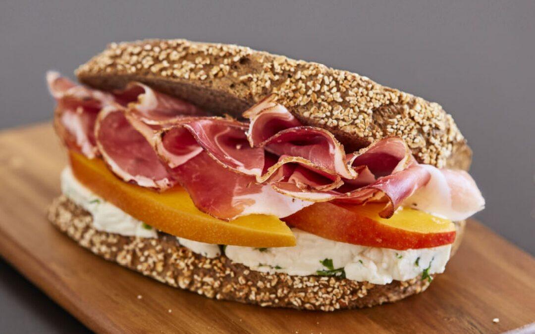 3. Come rallegri la pausa pranzo? Con un panino!